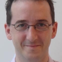 Dr Ben  Seymour